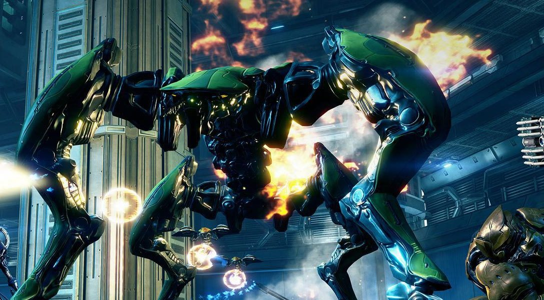 Celebrate Warframe's anniversary with a free weapon