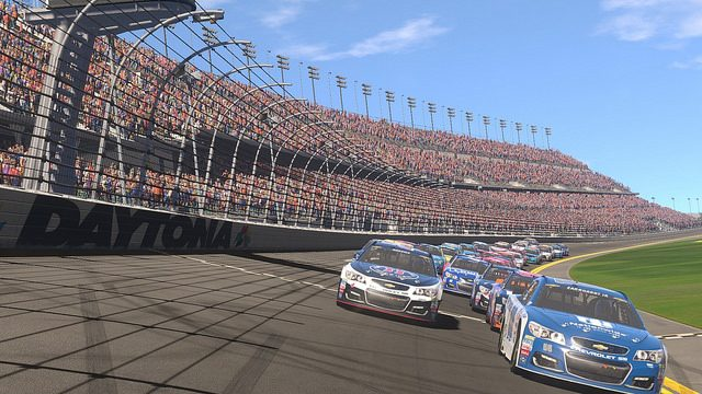 NASCAR Heat Evolution Features 40-Player Races