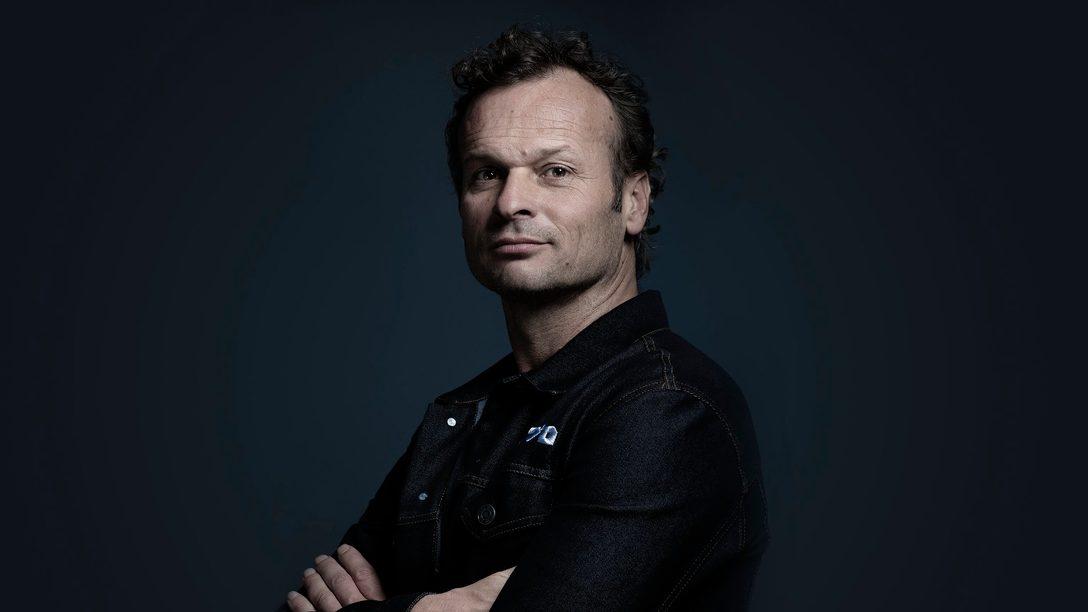 Perguntas e Respostas com Hermen Hulst: Entrevista com o Diretor do Worldwide Studios da PlayStation